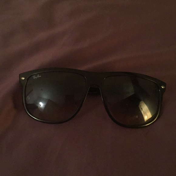 0d52d64d3aa7 Ray-Ban Accessories - Ray Ban sunglasses good condition